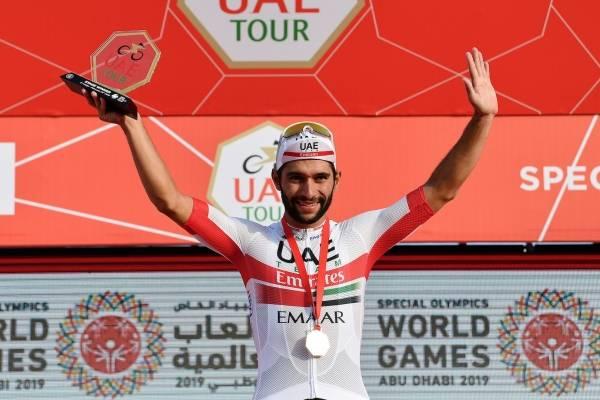Video de la victoria de Fernando Gaviria en Tour Emiratos