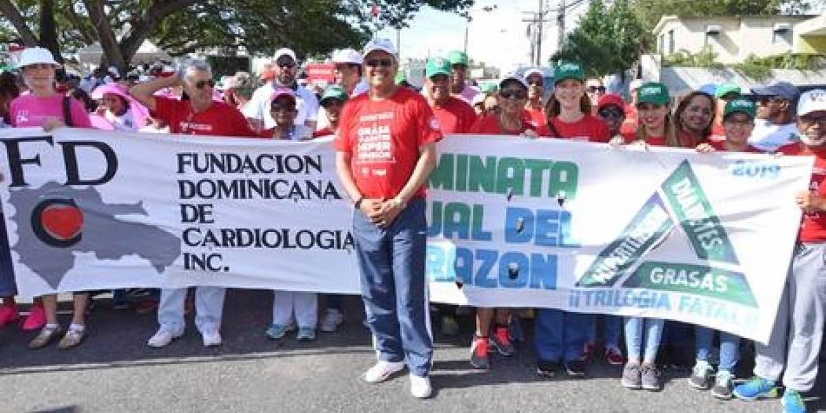 #TeVimosEn: Farmacia Carol y Cardiología realizan caminata por el corazón