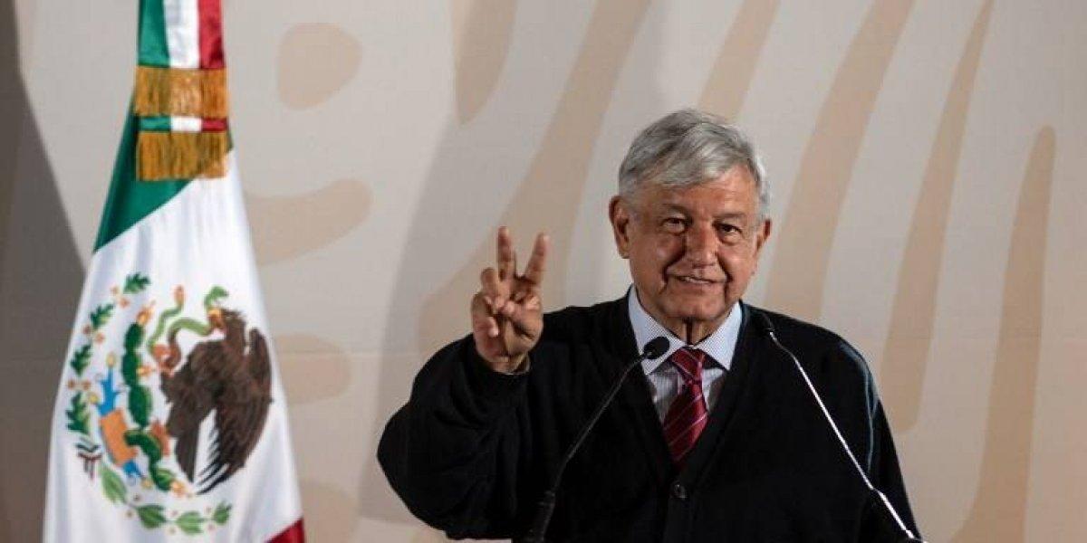 "VIDEO. AMLO felicita a Cuarón pero confiesa que no ha visto ""Roma"""