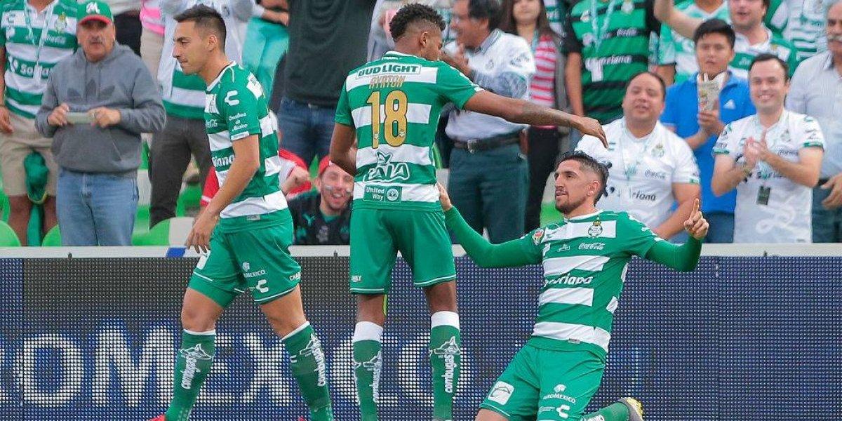 Precisión y viveza: Diego Valdés brilla con dos anotaciones en goleada de Santos Laguna sobre Toluca
