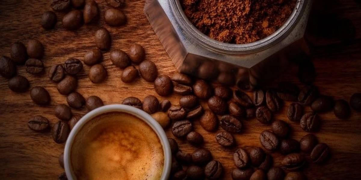 Elimina las ojeras de tu rostro con esta mascarilla de café