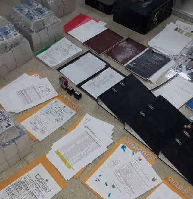 Ocho personas procesadas por emitir títulos falsos para bachilleres. Conozca más casos a nivel nacional