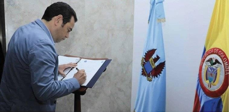 presidente Jimmy Morales viaja a Colombia