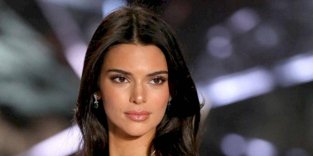 Kendall Jenner lanza línea de ropa para ayudar a los afectados por el coronavirus