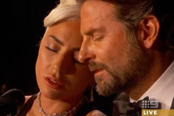 La magnífica presentación de Lady Gaga y Bradley Cooper en los Oscar 2019