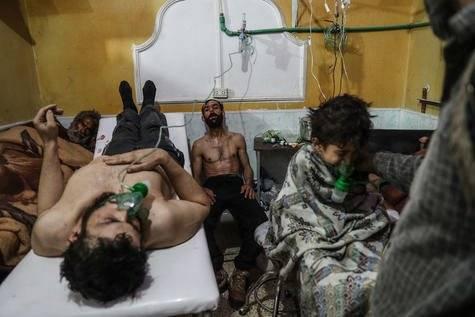 Víctimas de un presunto ataque con gas reciben tratamiento en Gouta oriental