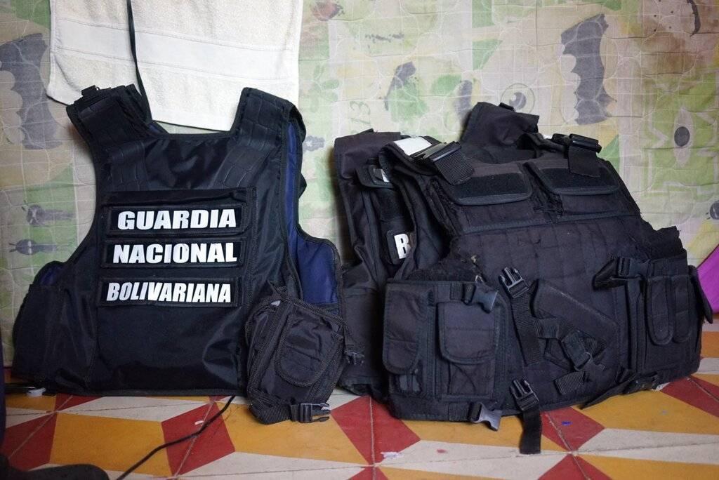 Militares desertores. AP