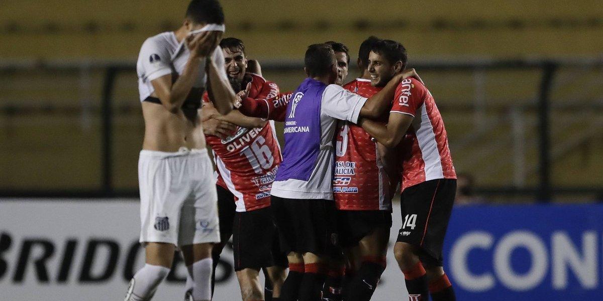 Sampaoli sumó su primer fracaso en Santos y quedó eliminado en Copa Sudamericana ante River Plate de Uruguay
