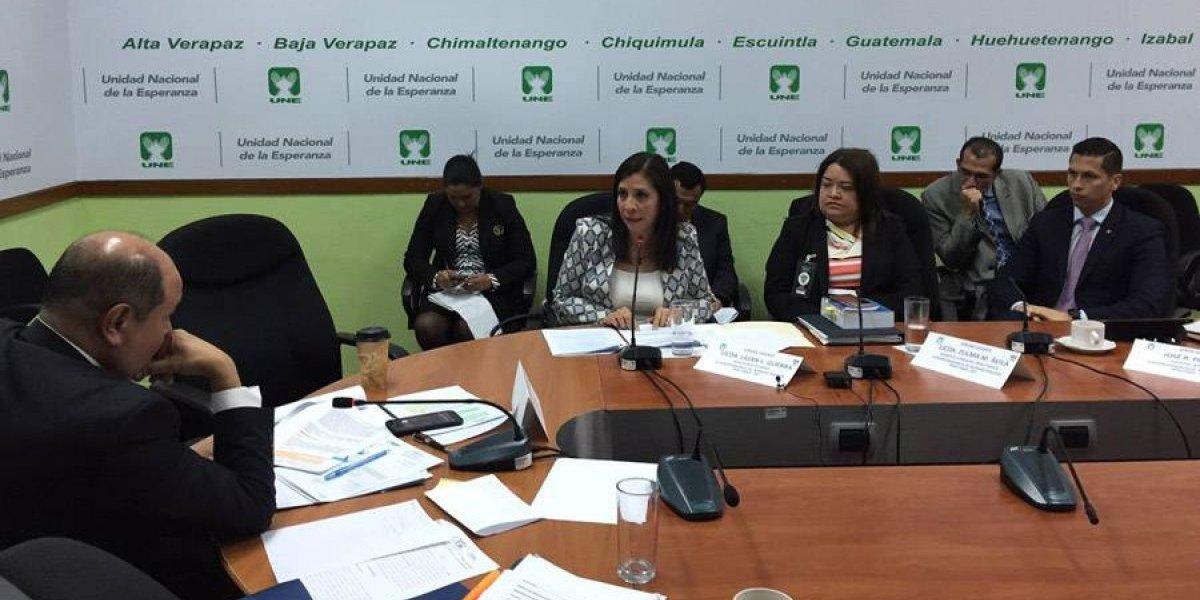 """La UNE denunciará a Solórzano Foppa por """"crear aparato clandestino"""" en SAT"""