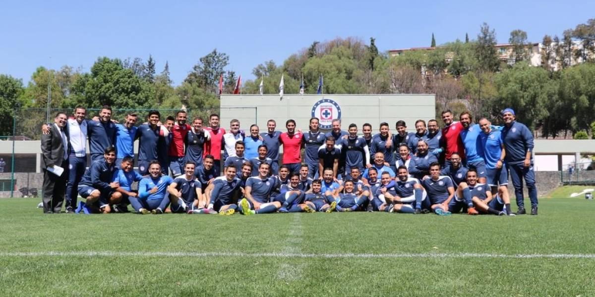 Entre la tormenta, Cruz Azul recupera a José Madueña