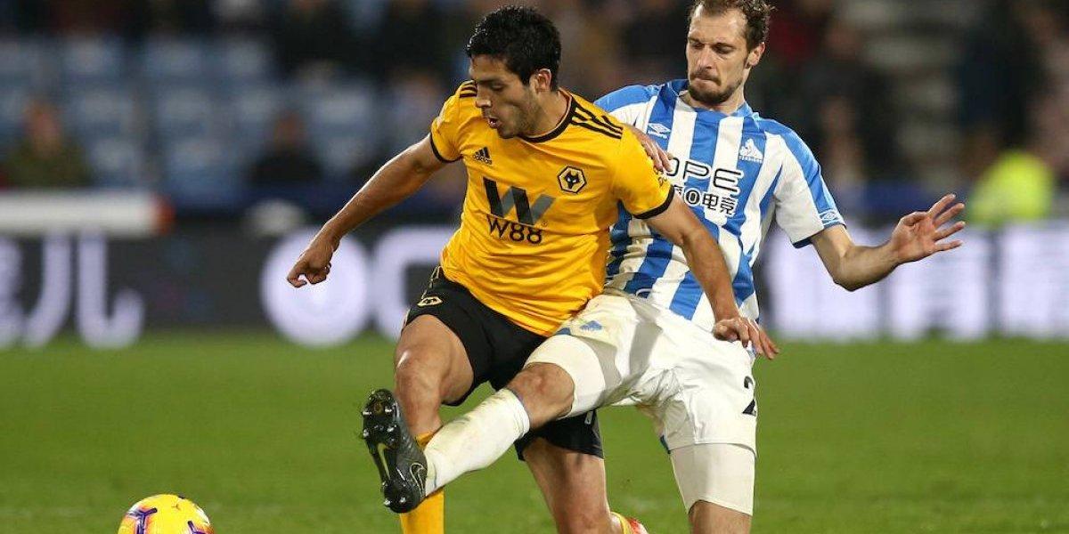 Raúl Jiménez le da el empate al Wolverhampton