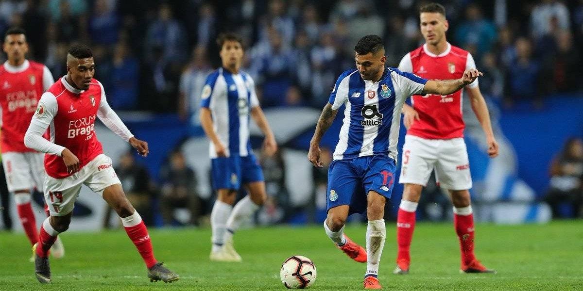 Corona y Herrera ponen un pie y medio en la final de copa