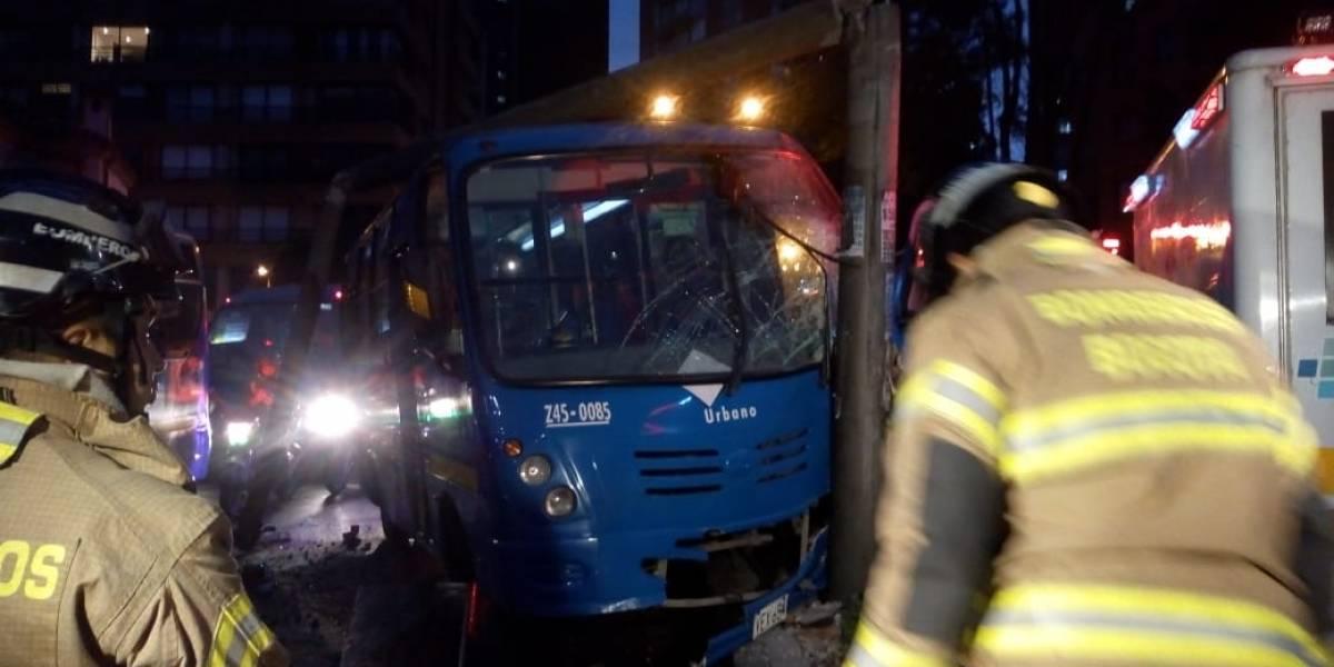 Fuerte accidente de bus del SITP en el sector de Teusaquillo dejó un herido