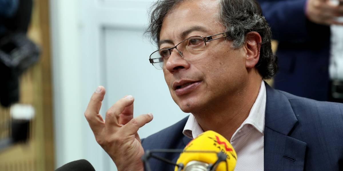 Admiten demanda que podría provocar la muerte política de Gustavo Petro