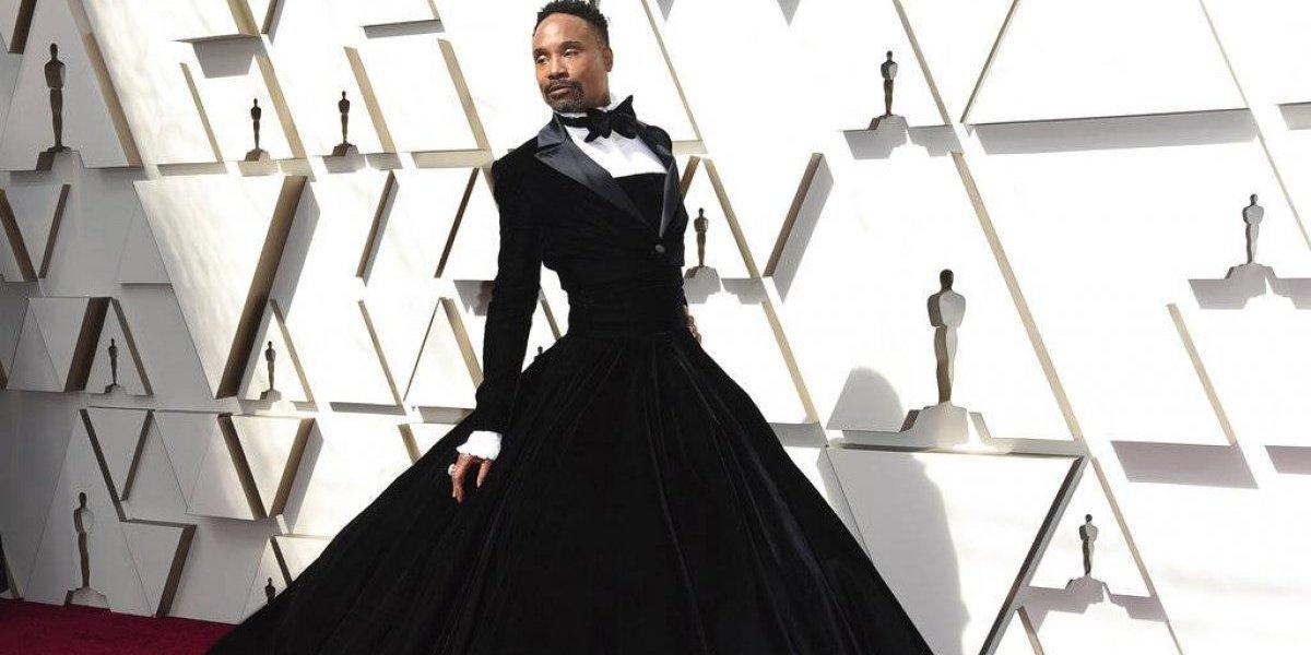 """Billy Porter sabía que molestaría por dejar """"ver trasero negro en un vestido de gala"""""""