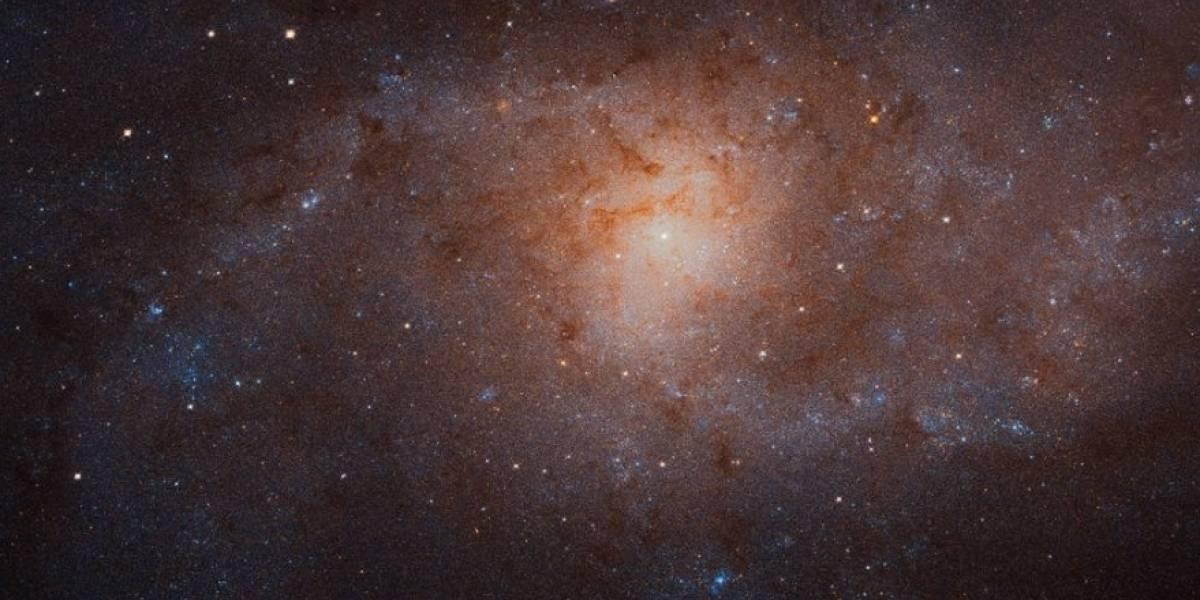 Telescópio espacial da NASA captura impressionante mosaico em galáxia espiral