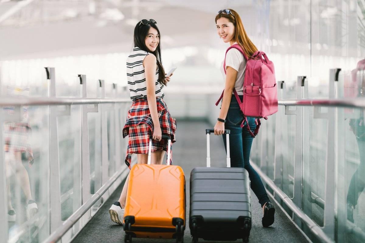 Viajeras con maletas