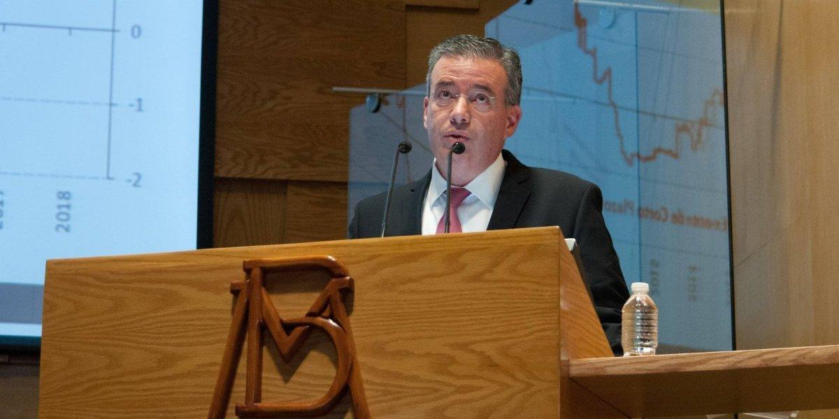 Banxico baja perspectivas de crecimiento económico para 2019