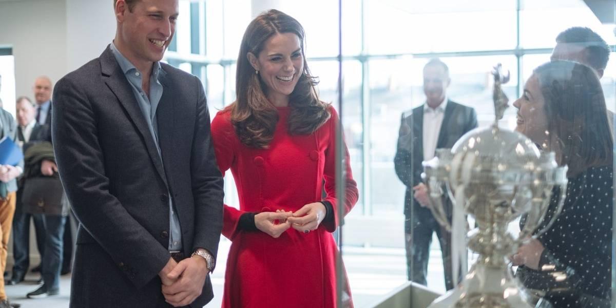 Atrás la elegancia: Kate Middleton cambió radicalmente de estilo en solo minutos