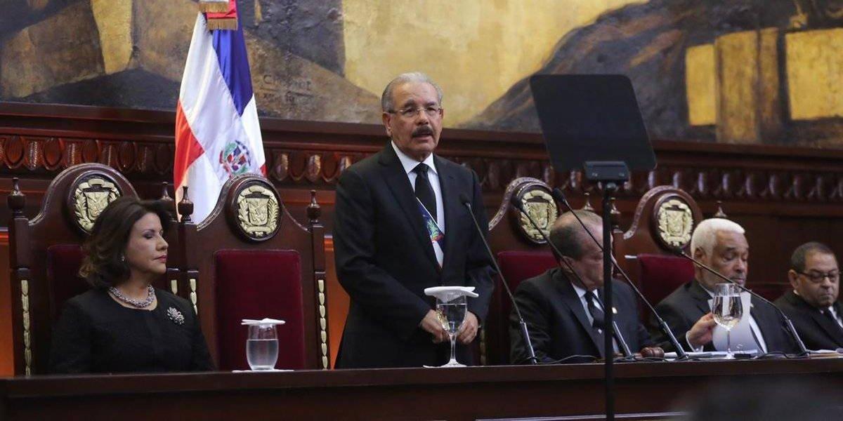 Medina anuncia subida salarial para empleados públicos y pensionados