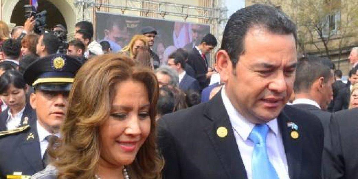 Fiscal General explica acciones investigativas por cheques que vinculan al Presidente y la Primera Dama