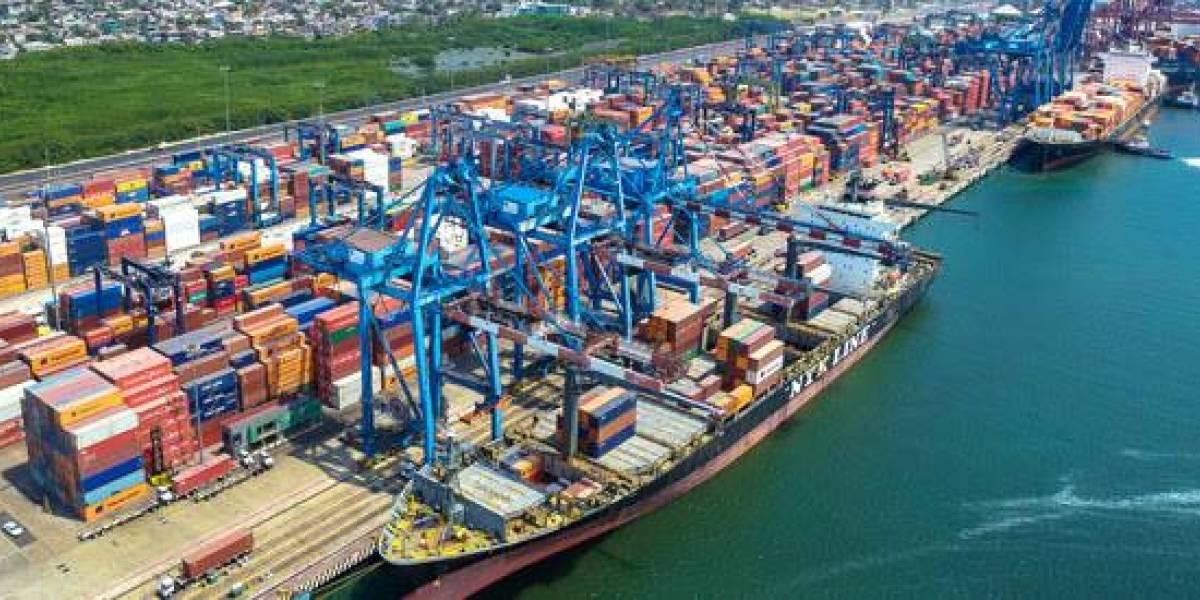 Medina anuncia modernización de la infraestructura portuaria en este año