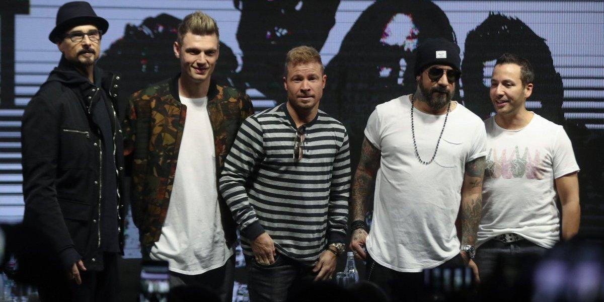 Backstreet Boys cantaron reggaeton en conferencia de prensa de Viña del Mar