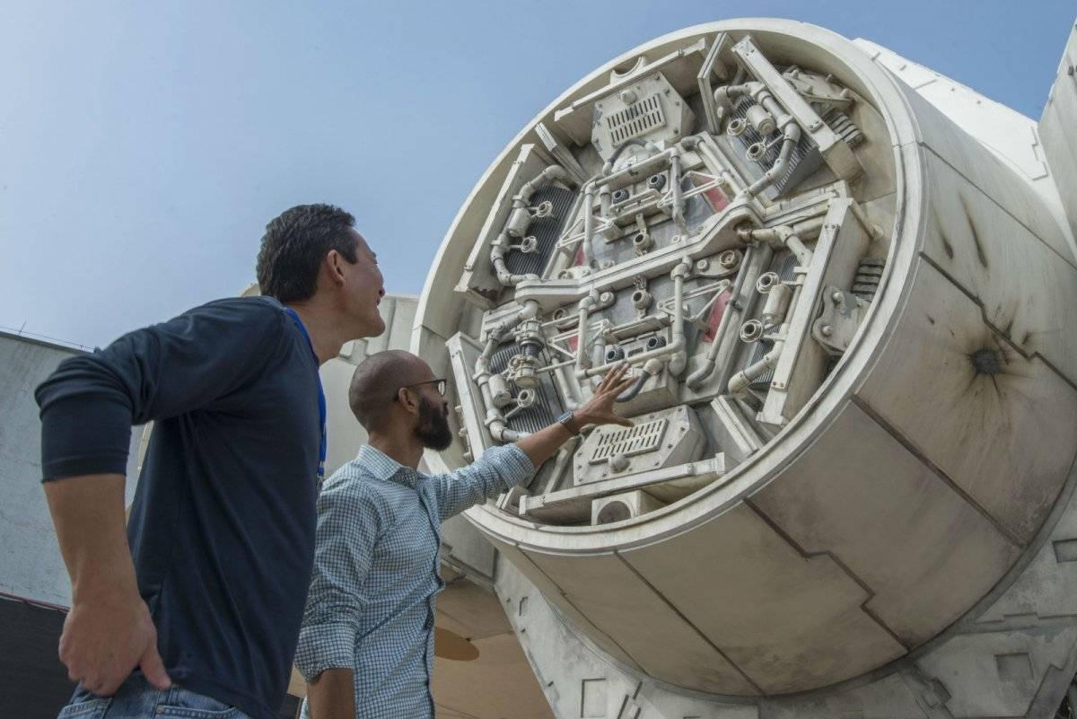 Uma das turbinas da Millennium Falcon, que já está pronta em tamanho real Reprodução: Disney Parks