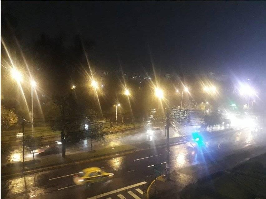 Fuertes lluvias se registran Quito