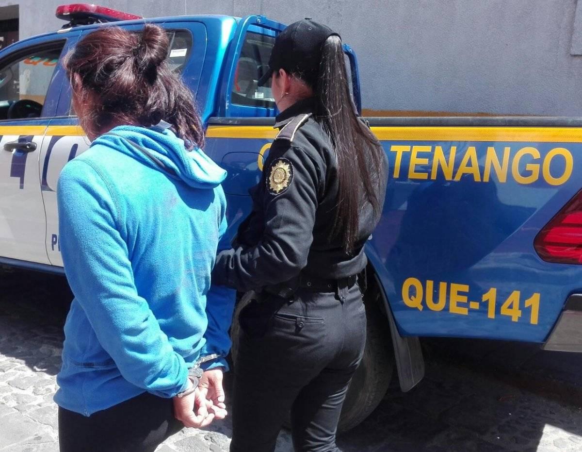 Presunta extorsionista capturada Foto: PNC