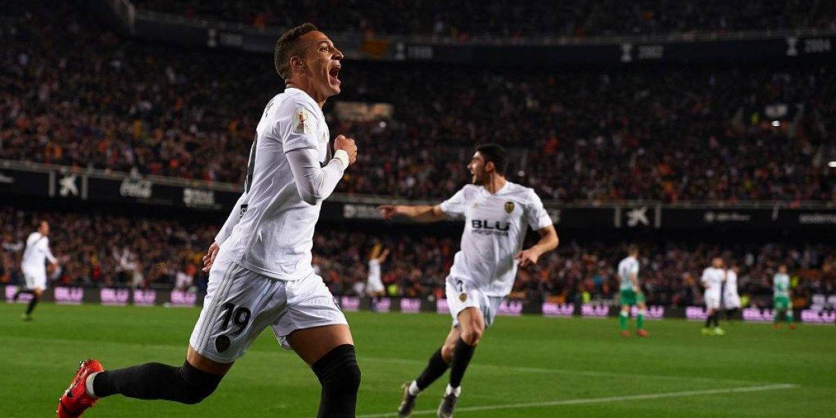 Valencia será el rival de FC Barcelona y Arturo Vidal en la final de la Copa del Rey