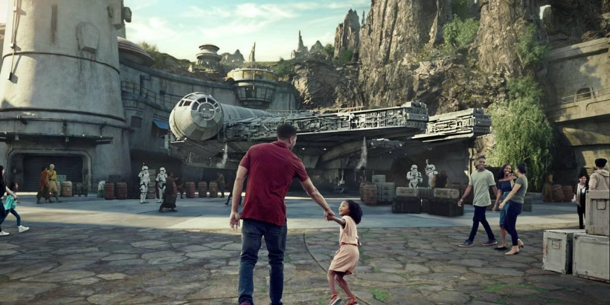 Com lotação máxima e filas de três horas, parque temático de Star Wars é aberto ao público em Orlando