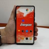 """Video: El teléfono """"ladrillo"""" de Energizer es lo más bizarro que vimos en Mobile World Congress"""