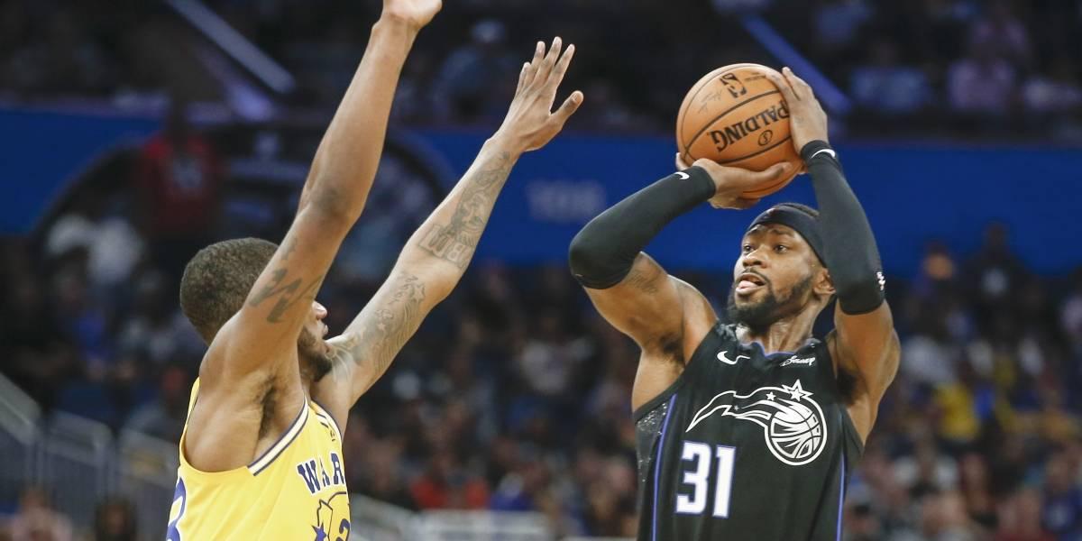 Magic de Orlando sorprenden a los campeones Warriors de Golden State