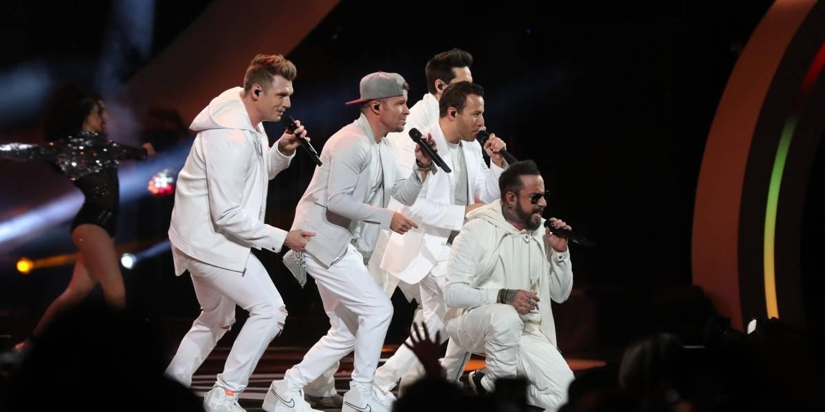 Polémico cartel durante la presentación de los Backstreet Boys en Viña 2019
