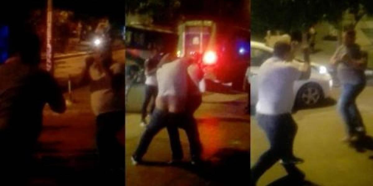 Conductores de buses protagonizaron bochornosa pelea por recoger más pasajeros
