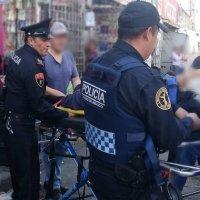 Policía primeros auxilios