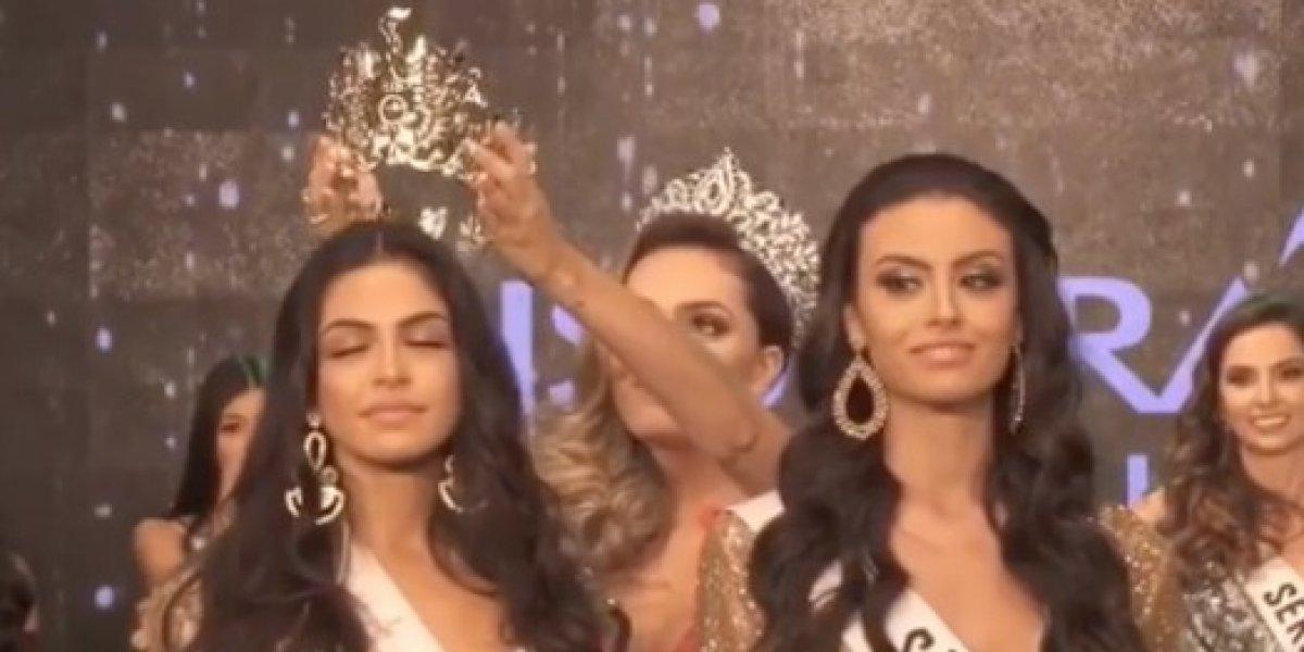 Jocosa coronación en concurso de belleza en Brasil