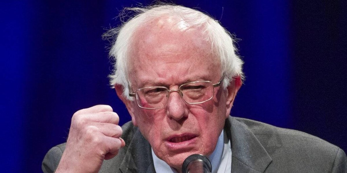Operan al senador Bernie Sanders