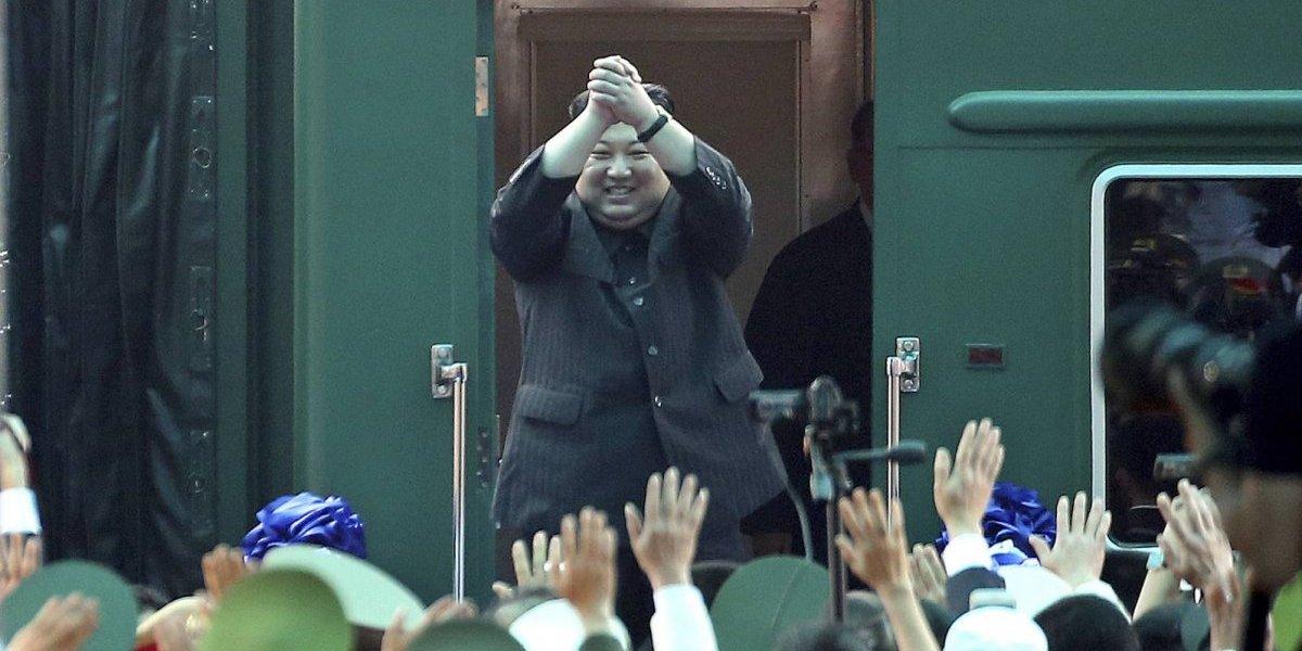 Kim Jong-un regresa a Corea del Norte tras colapso de cumbre