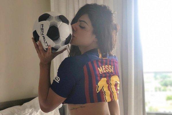 Las Sexis Fotos De Suzy Cortez Apoyando Al Barcelona