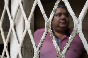 Transportista Luis Gómez en carceleta de Tribunales