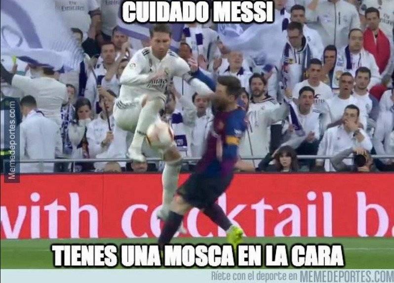 Sergio Ramos y Lionel Messi protagonizaron polémica en el clásico. Twitter