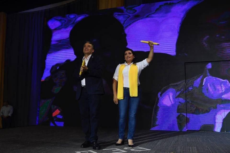 Edwin Escobar y Blanca Alfaro son el binomio presidencial de Prosperidad Ciudadana. Foto: Omar Solís