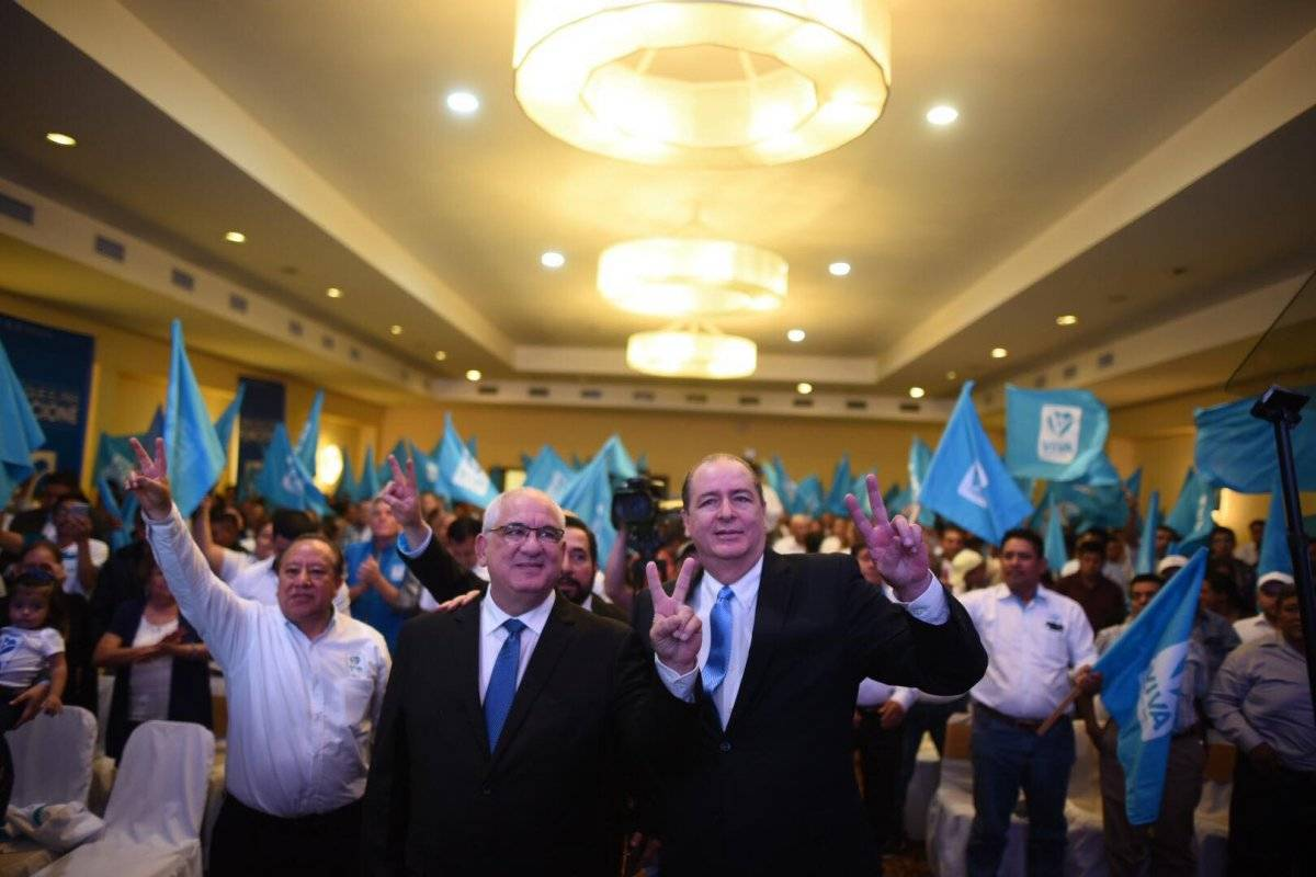 Isaac Farchi y Ricardo Flores Asturias, binomio presidencial Viva