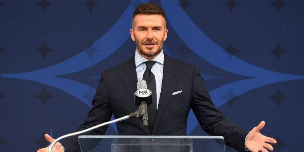 EN IMÁGENES. El Galaxy homenajea a David Beckham con una estatua