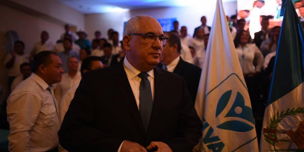 Viva postula como presidenciable a un guatemalteco-israelí