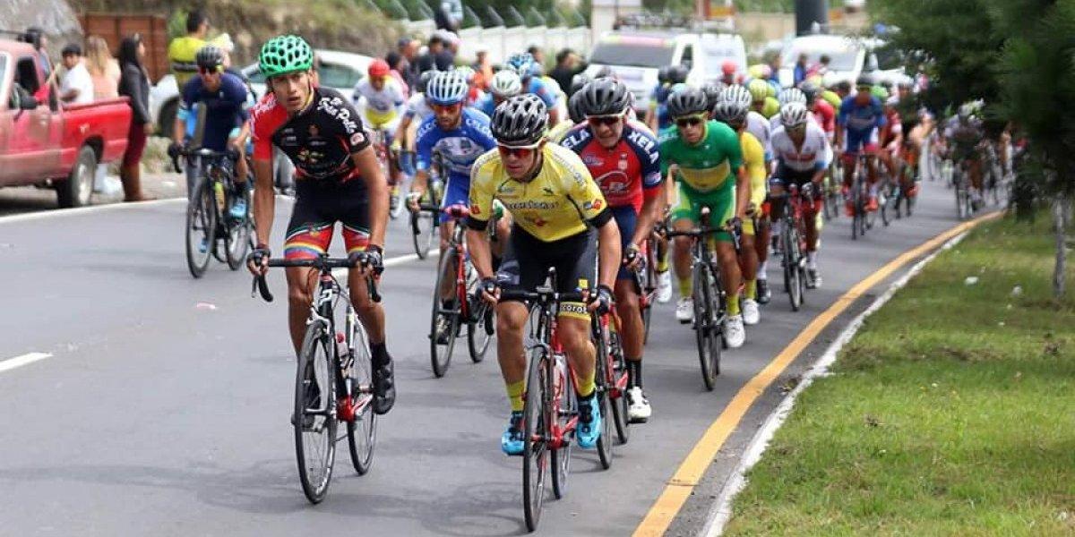 Manuel Rodas sufre un accidente en carretera durante una competencia