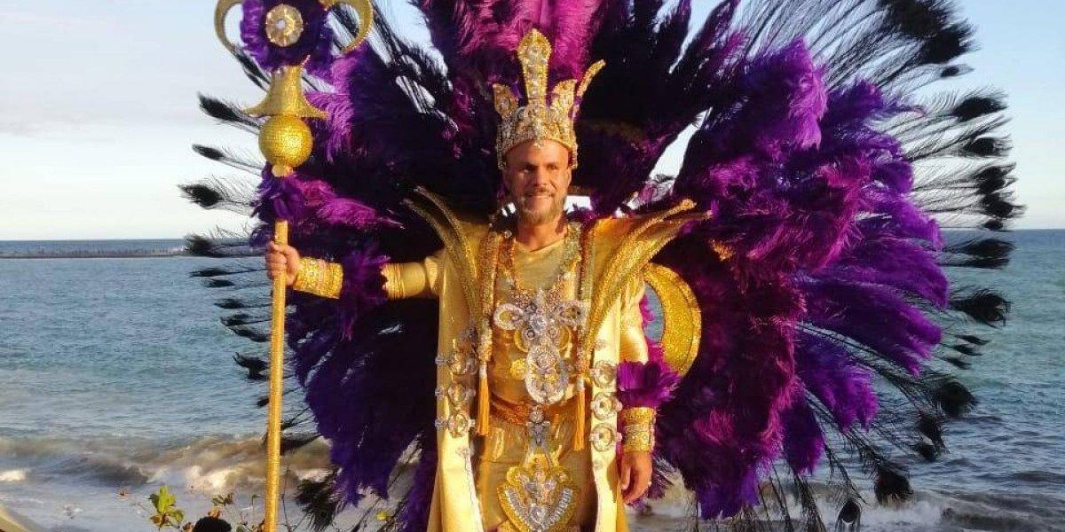Miguel Rodríguez, un creativo que cada año expone su amor por el carnaval