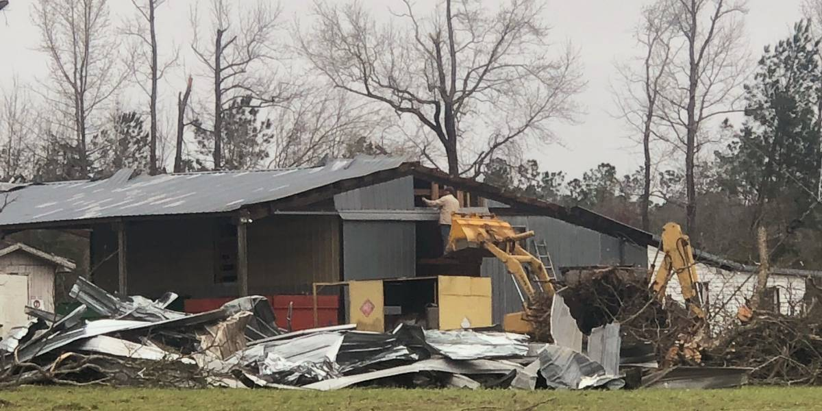 Tornado nos Estados Unidos deixa pelo menos 20 mortos